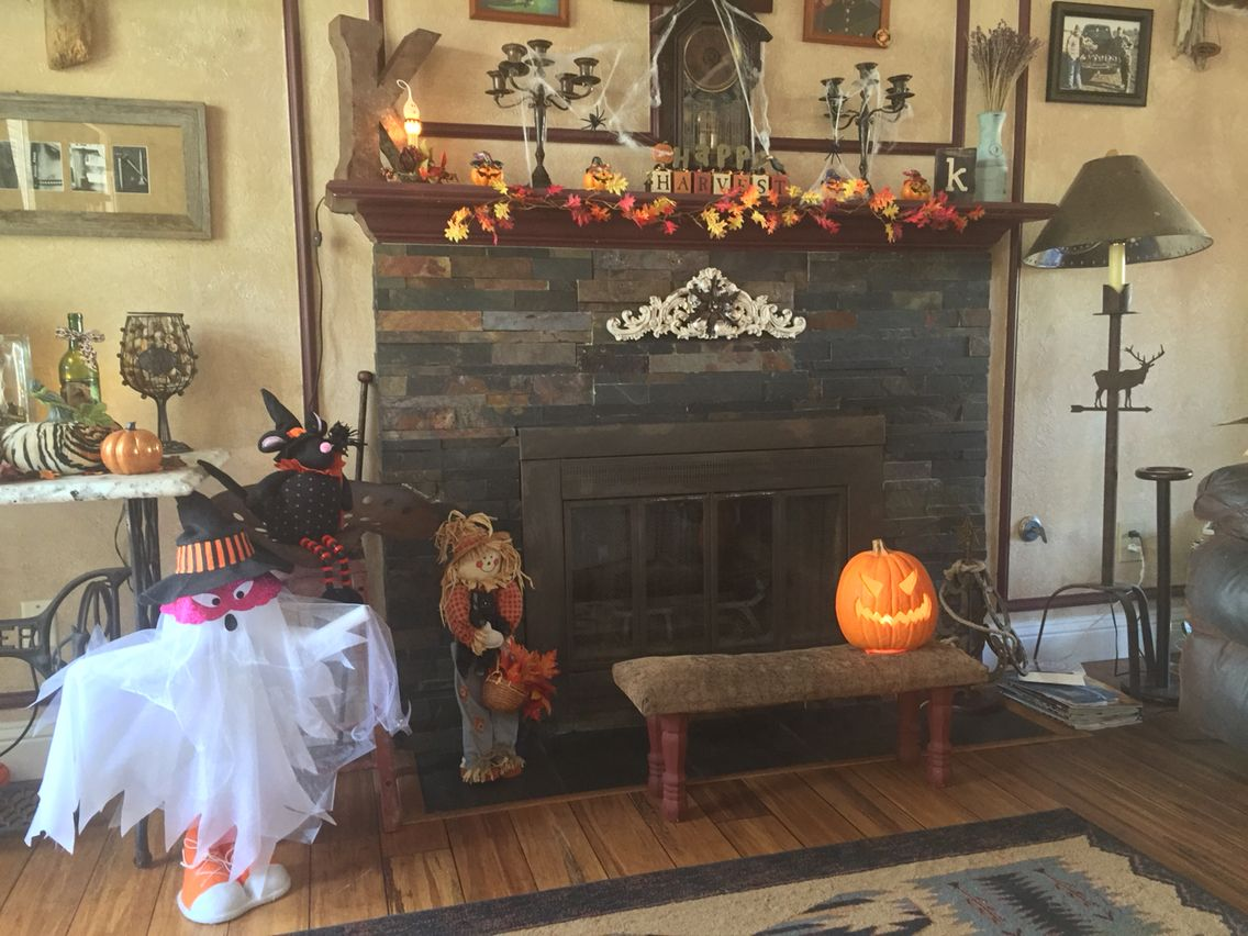 Halloween decor Halloween/Fall stuff Pinterest - halloween house decoration