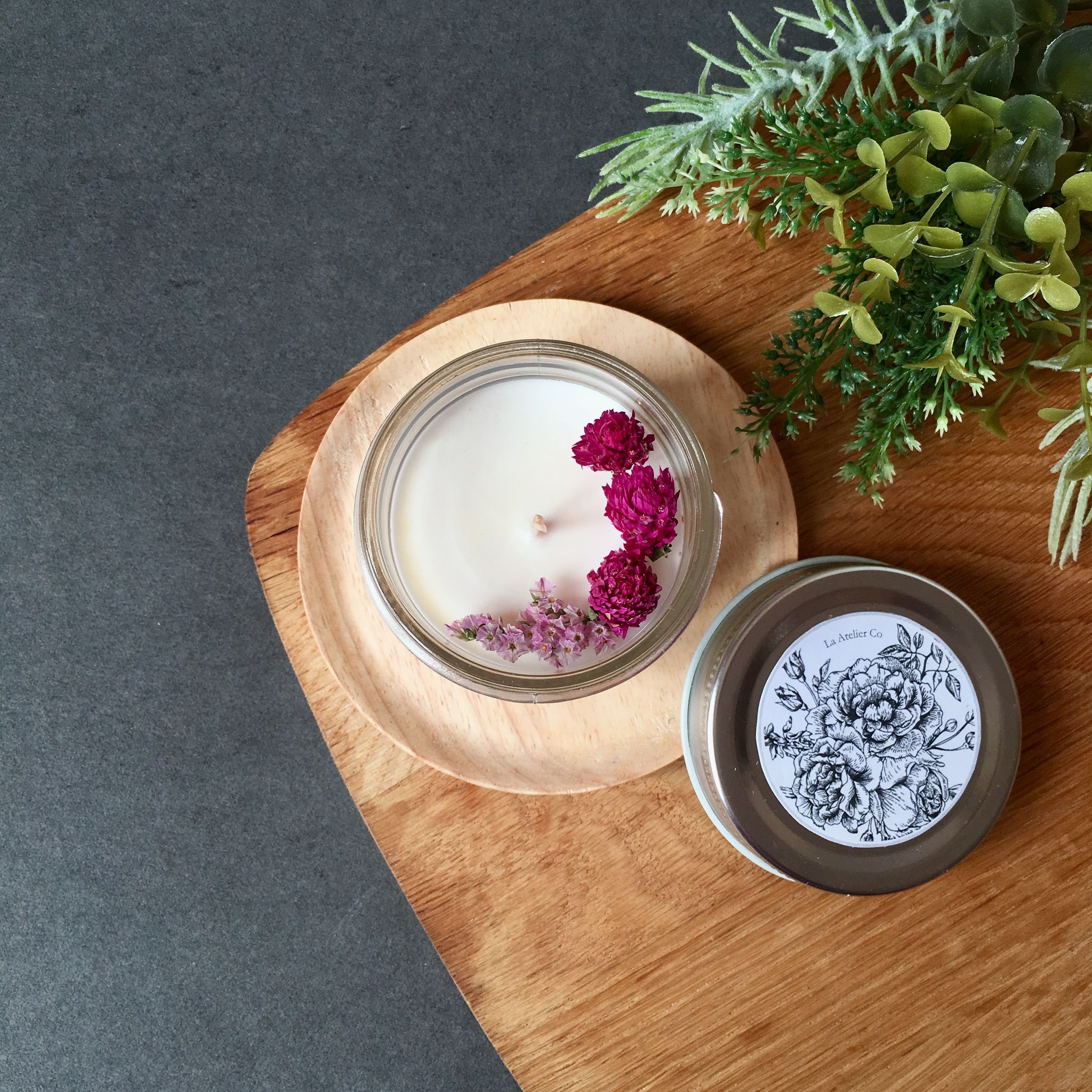 Botanical Infused Favors Gift Ideas For Bespoke Scents: Botanical Candles With Dried Flowers Infused For The Boost