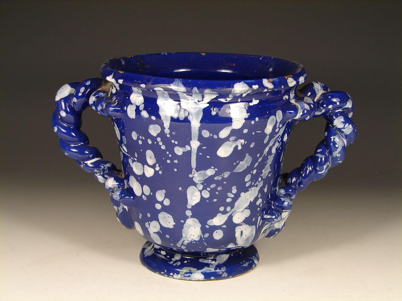 faience de nevers d cor a la bougie ceramics inspiration ceramics blue inspiration. Black Bedroom Furniture Sets. Home Design Ideas