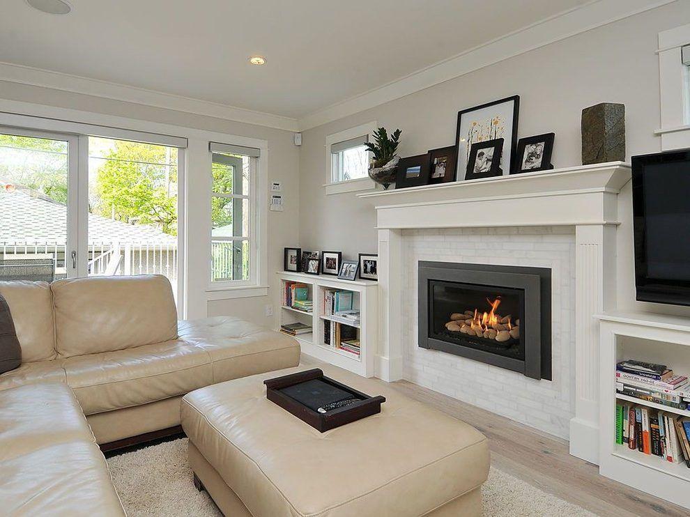 benjamin moore silver satin and balboa mist family room. Black Bedroom Furniture Sets. Home Design Ideas