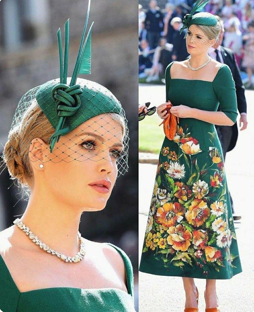 e90fb16d0a171 Lady Kitty Spencer, sobrinha de Lady Di, que desfilou no último desfile da  Dolce   Gabbana, escolheu look da grife italiana Foto  Gareth Fuller Po(...)