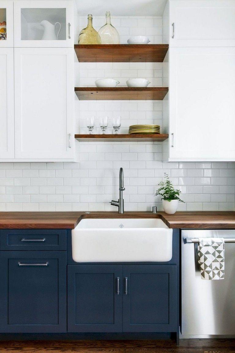 45 Marvelous Apartment Kitchen Cabinets Decor Ideas Page 22 Of 46 In 2020 Renovace Kuchyne Moderni Kuchyne Male Kuchyne