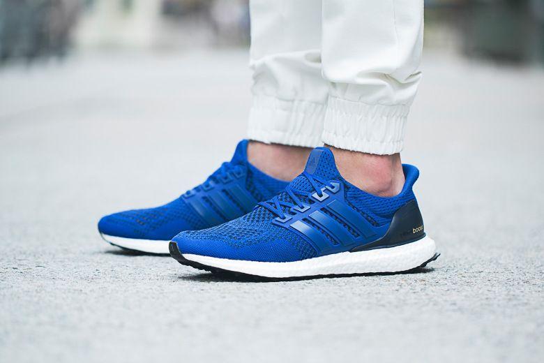 adidas ultra boost running blau rot