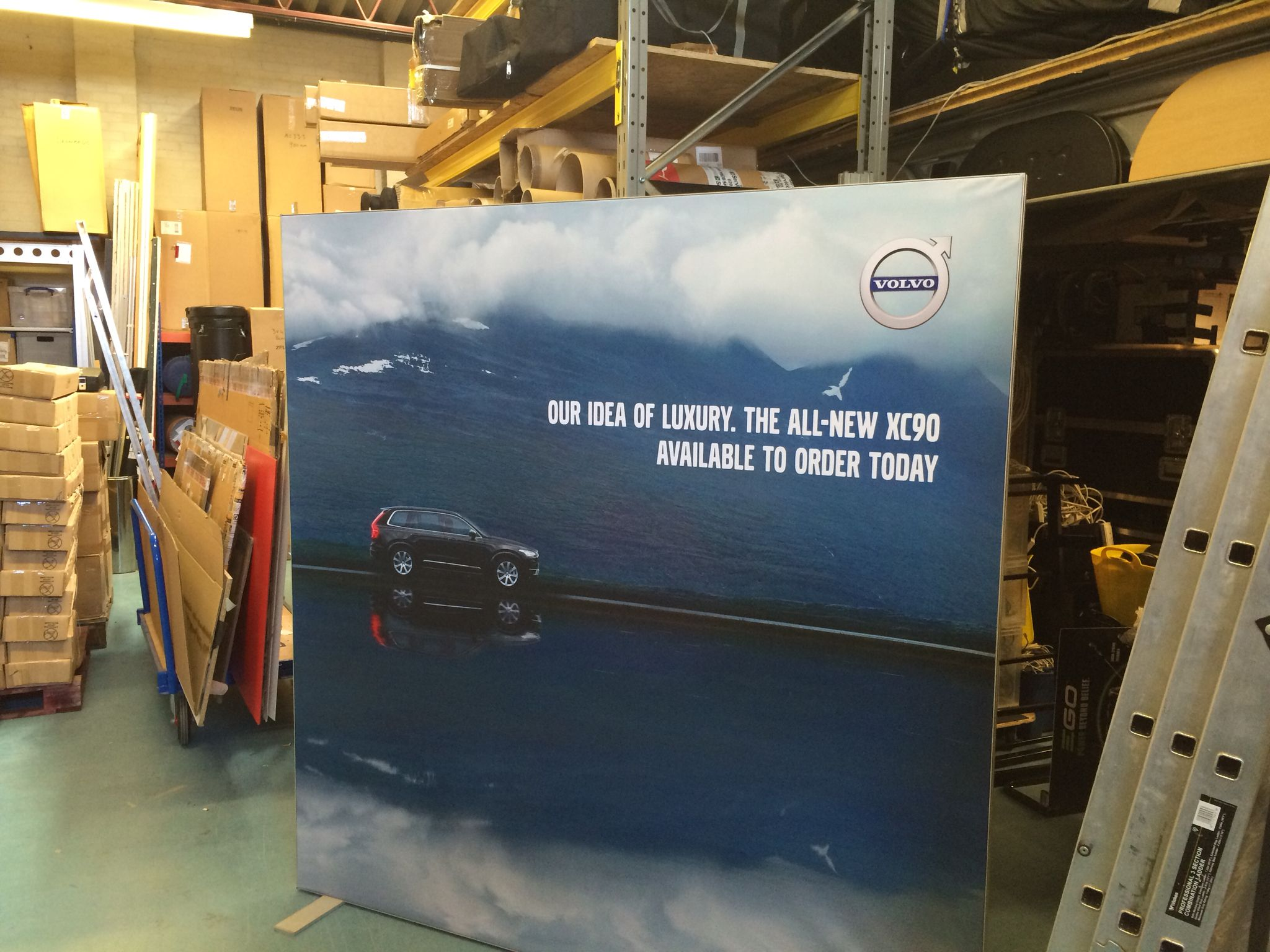 Volvo Exhibition Stand : Volvo tension fabric prototype for showroom programme car