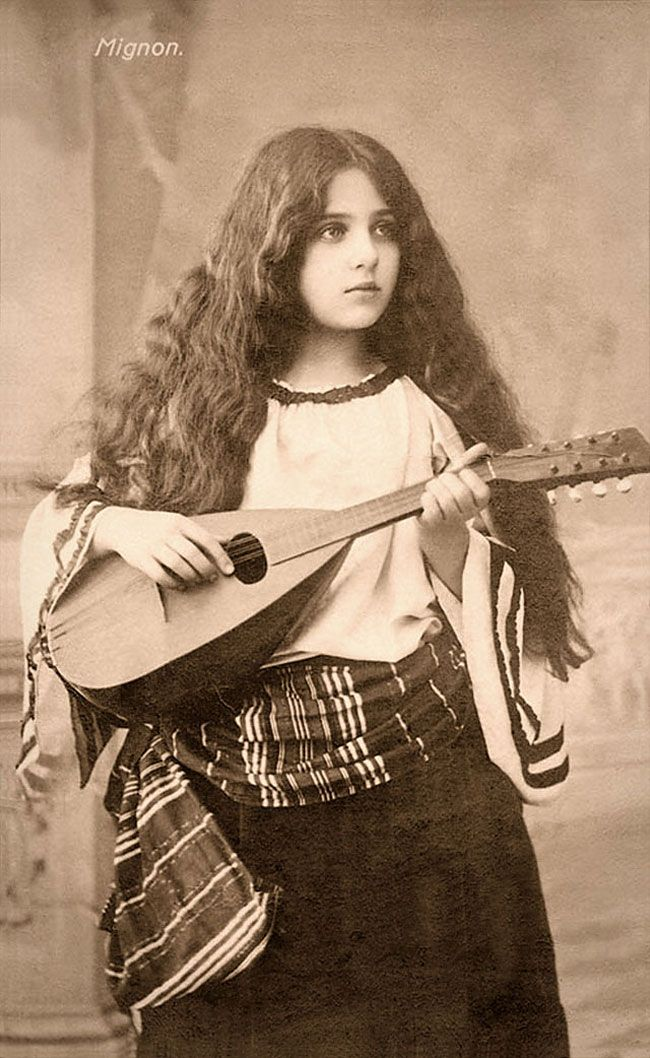 e1c723dc7a1 Beauty Over 100 Years Ago  35 Stunning Postcards Of Beautiful Girls In Over  The World From The 1900s And 1910s