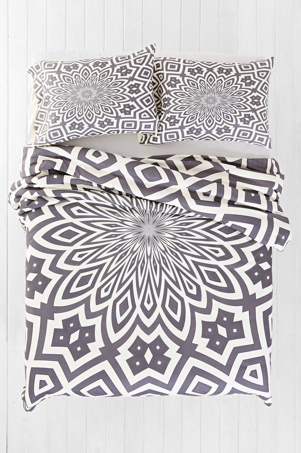 Lisa Argyropoulos For Deny Helena Duvet Cover Urban Outfitters