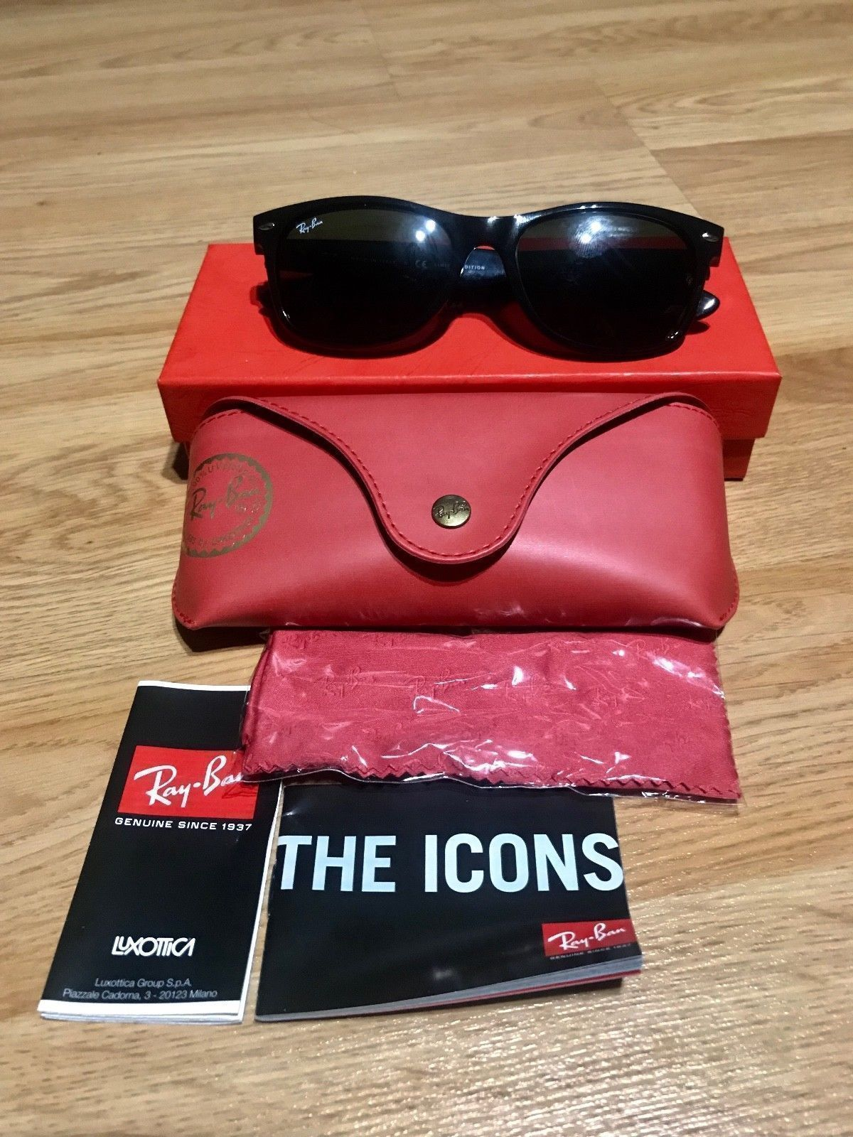 445093ad02 NEW 2016 Disney Mickey Mouse Ray Ban Wayfarer Sunglasses Limited Edition of  2000