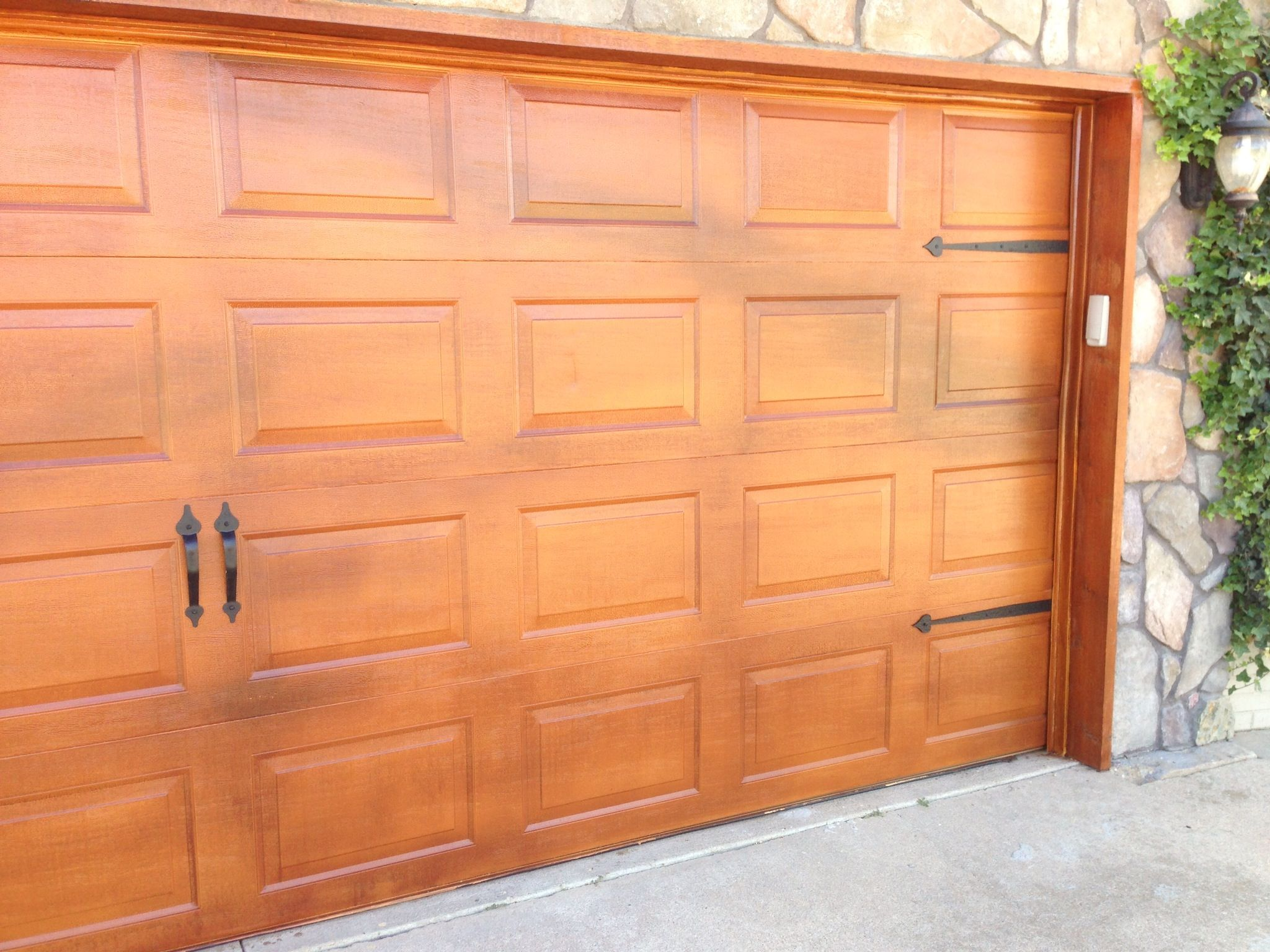 Metal Garage Door Made To Look Like Cedar Garage Door Decor Metal Garage Doors Cedar Garage Door