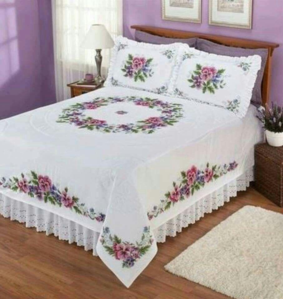 Colcha de cama bordada em ponto cruz com crochê | ideas para ...