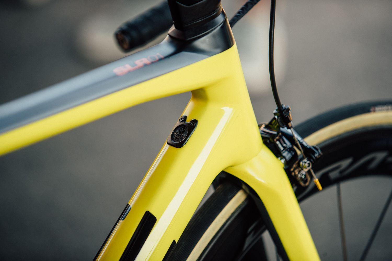 First Look Greg Van Avermaet S Yellow Teammachine Slr01 Vans