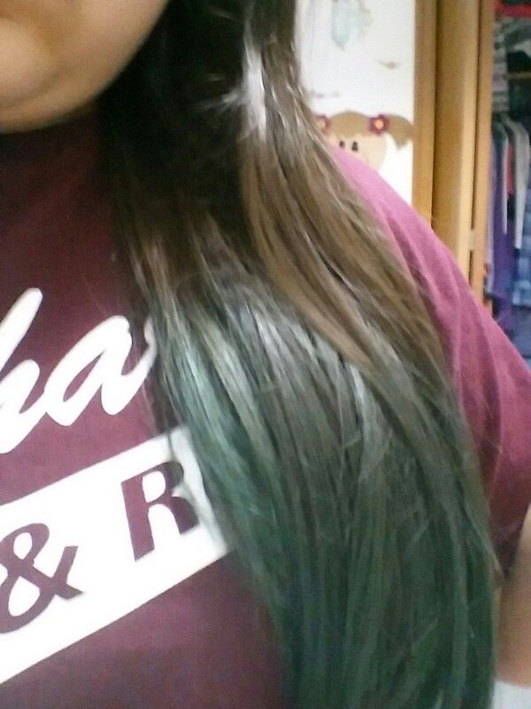 My Green Kool Aid Hair Dye It Was Supposed To Be Blue But My Hair Is Dark And Ya But Love The Green Kool Aid Hair Kool Aid Hair Dye Dyed