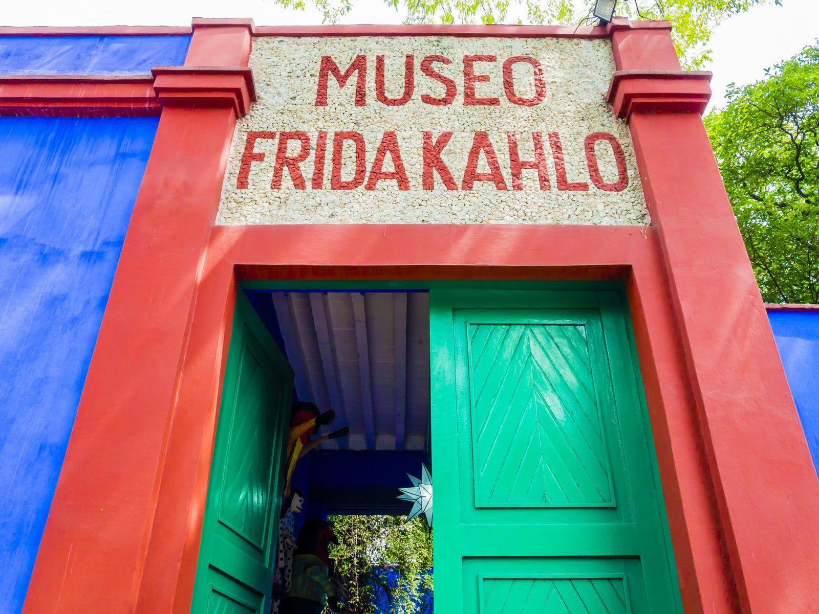 Visit Museo De Frida Kahlo Casa Azul