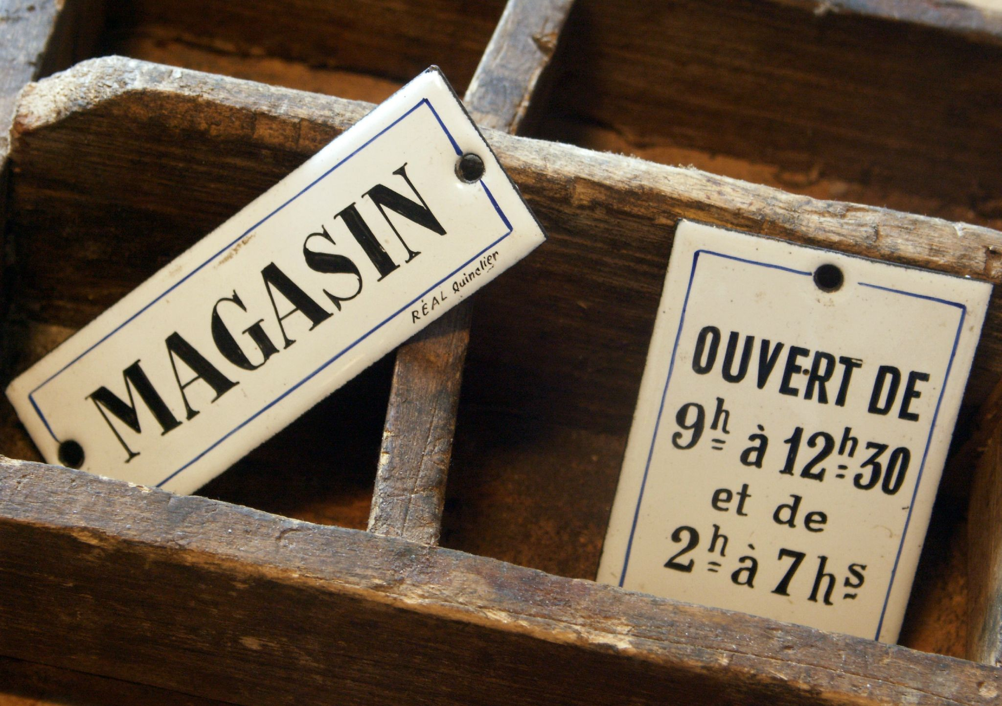 Boutique Nain.de.Jardin Plaques émaillées magasin | OLD TIMES ...