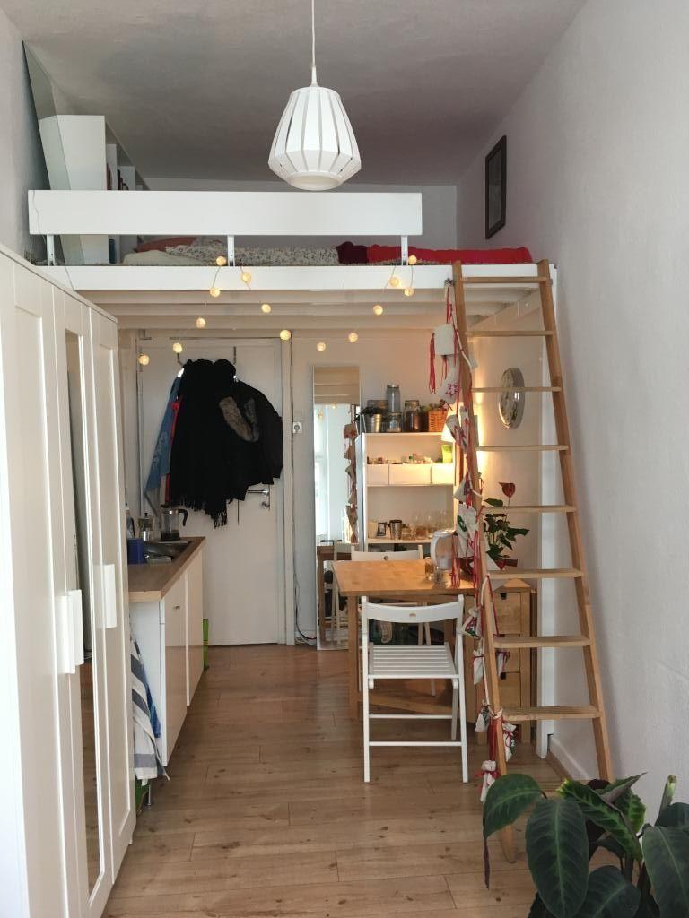 Schönes WG Zimmer: Kleine Wohnfäche Mit Eingezogener Zwischenetage Mit Dem  Bett. #WG #Zimmer #Einrichtung #Schlafzimmer #Bett #Hochbett #bedroom