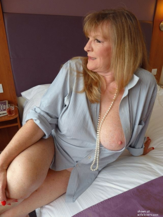 Mature wife lovers