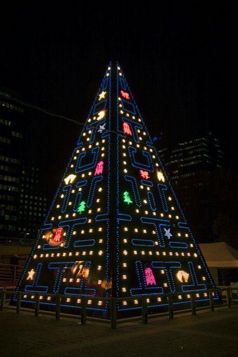 Awesome Cool Christmas Trees Creative Christmas Trees Unique Christmas Trees