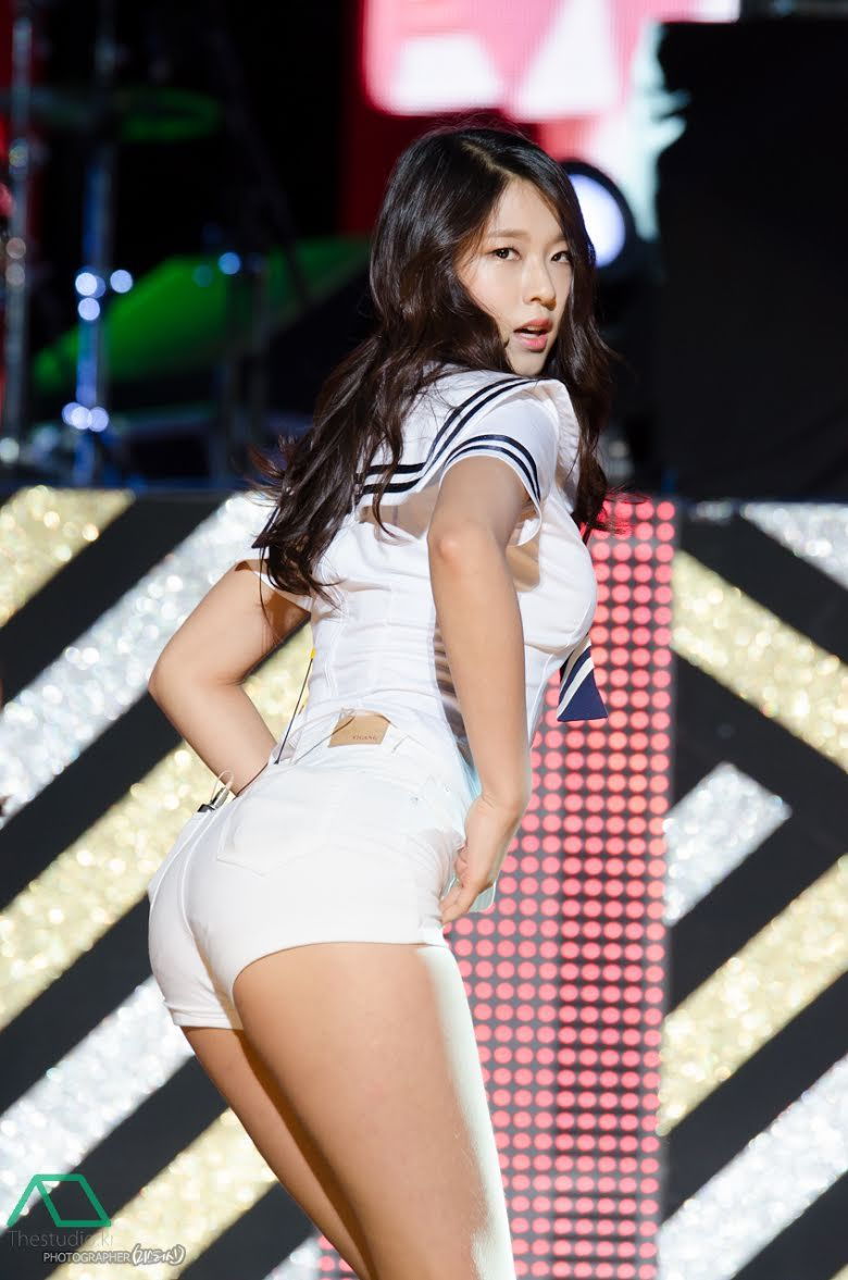 These 13 Korean Idols Are So Voluptuous It S Kind Of Ridiculous Kpop Girls Girl Body Seolhyun