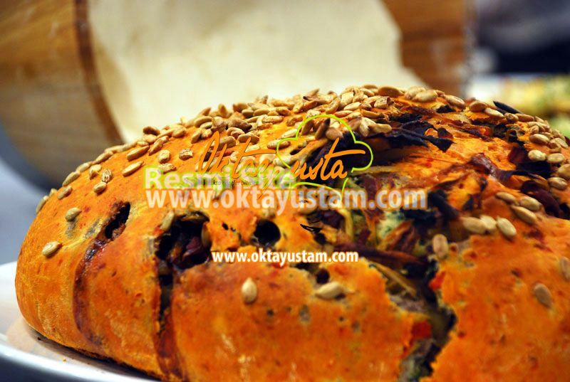 3 Katlı Süprizli Ekmek | Oktay Ustam İlk Yemek Tarifleri Resmi Web Sitesi