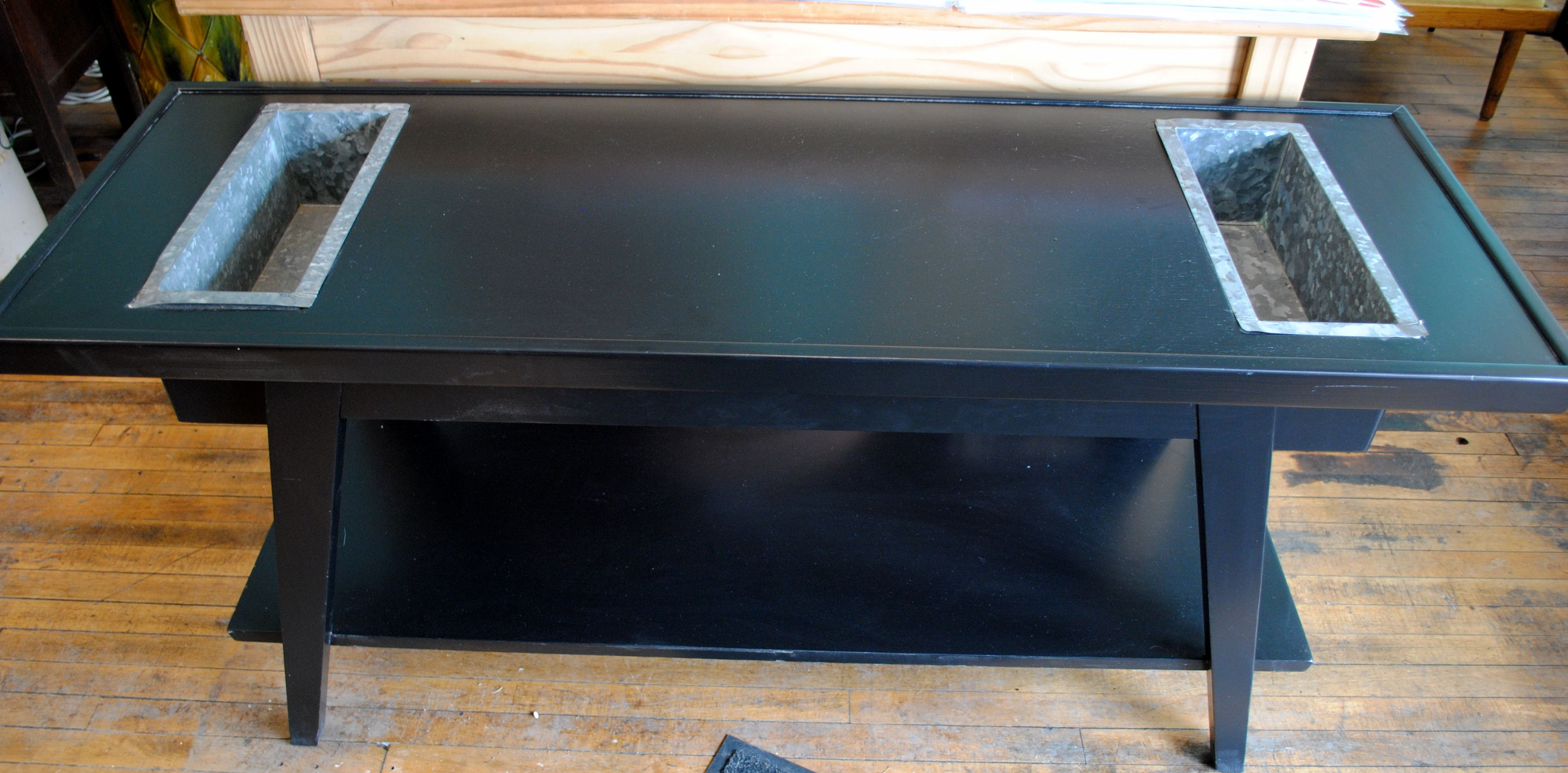 Us sofa table and planter by lane furniture black lacquered