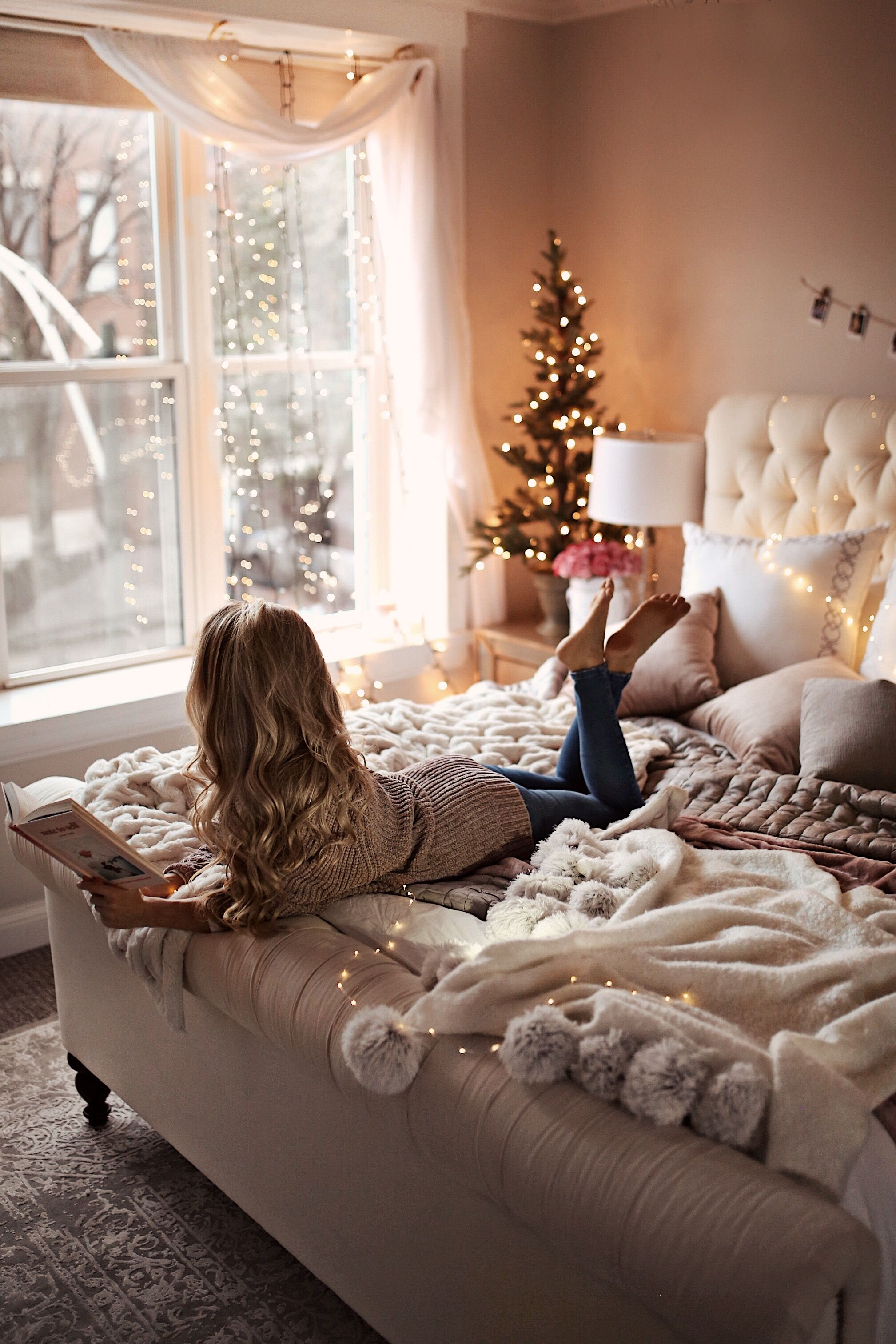 7 Holiday Decor Ideas For Your Bedroom Oliviarink