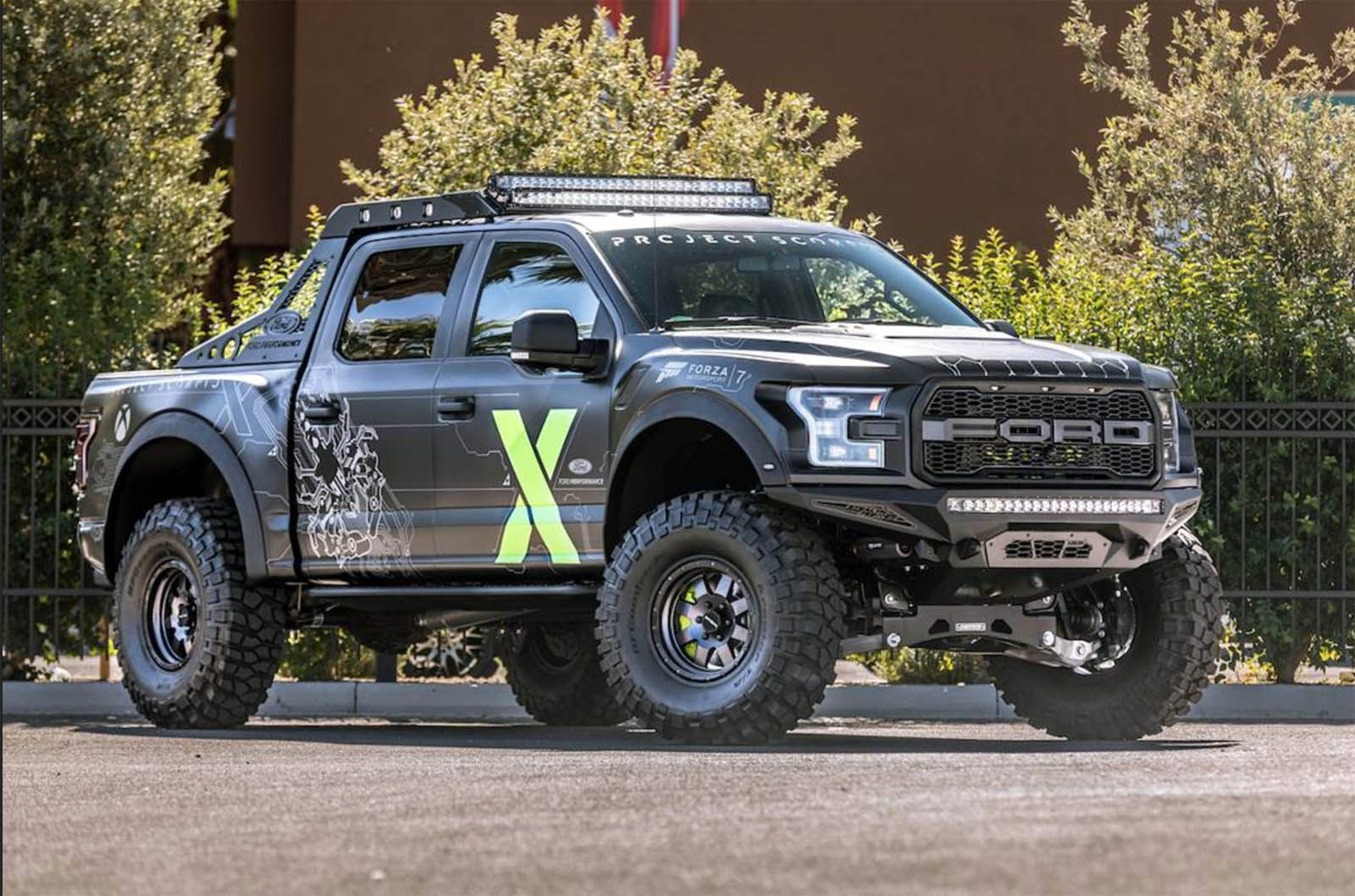 Ford F 150 Raptor Xbox One X Edition Jumping From Sema To Forza