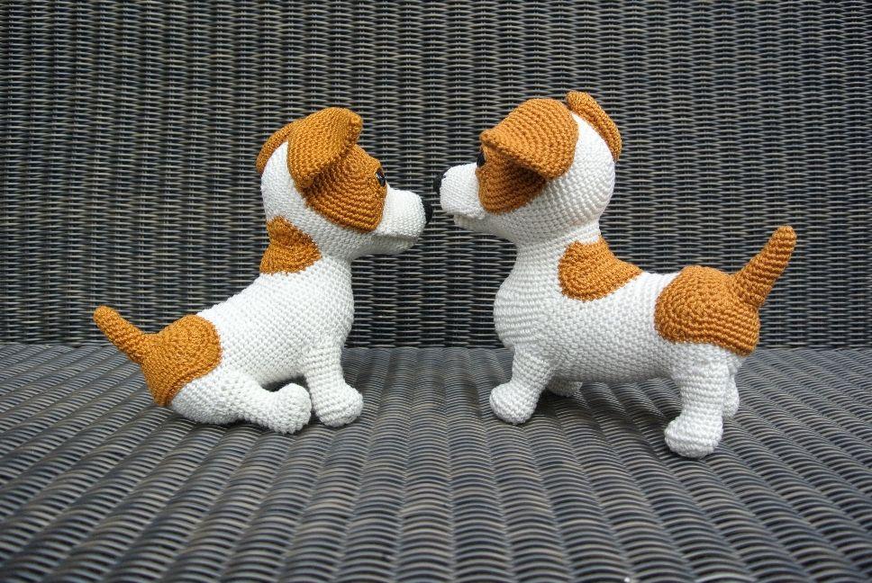 Amigurumi Jack Russell Pattern : Woeffies haken jr de jack russell haakpret crocheted dogs