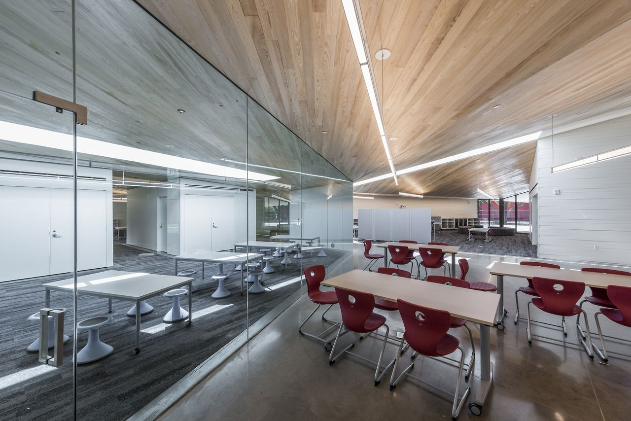 The Lamplighter School In Dallas Photographed For Hill Wilkinson And Designed By Marlon Blackwell Architects Interior Architecture Home Interior