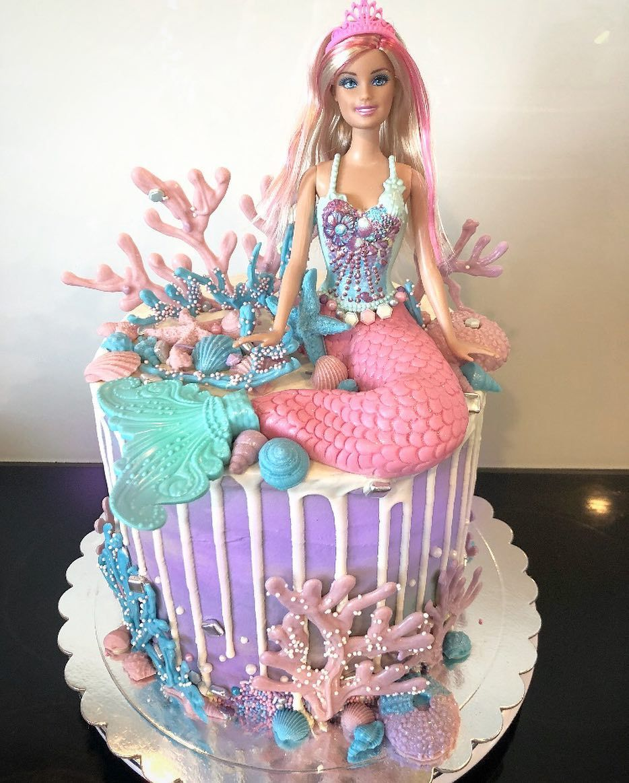 Barbie Mermaid Cake With Blue Pink And Lilac Raspberry Flavoured Layers Inside Mermaid C Tortas De Barbie Tortas De La Sirenita Ideas De Pastel De Cumpleanos