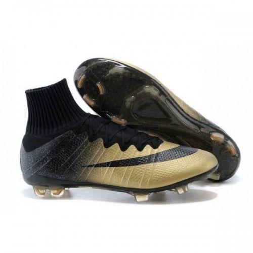 En reliant ce support au tendon d'Achille, la Nike Mercurial Superfly IV  agit