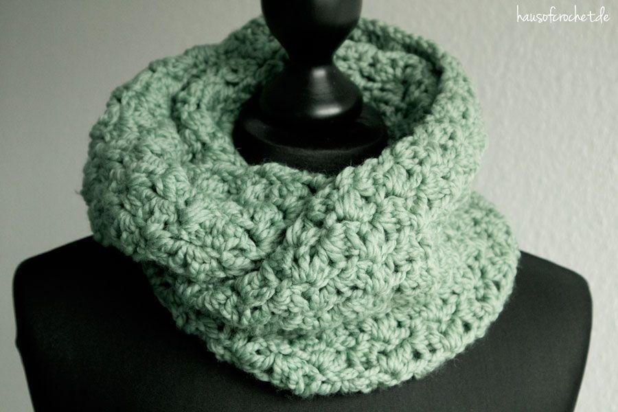 Tutorial: Einfachen Infinity Schal häkeln | Schal häkeln, Schals und ...