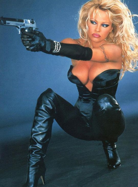 """Pam Anderson in """"Barb Wire"""" (1996) 