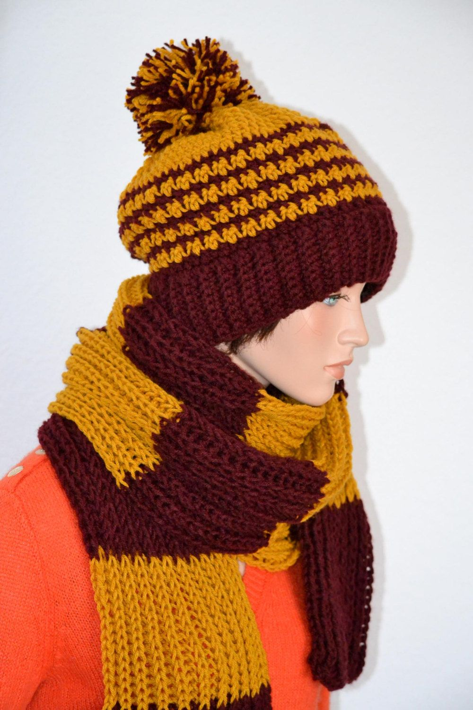 Crochet Harry Potter Hogwarts hat & Scarf set/ Gryffindor Colors set ...
