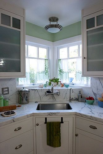 Jean Greenfield S Kitchen And Garden In San Anselmo Kitchen Sink Remodel Kitchen Corner Kitchen Remodel