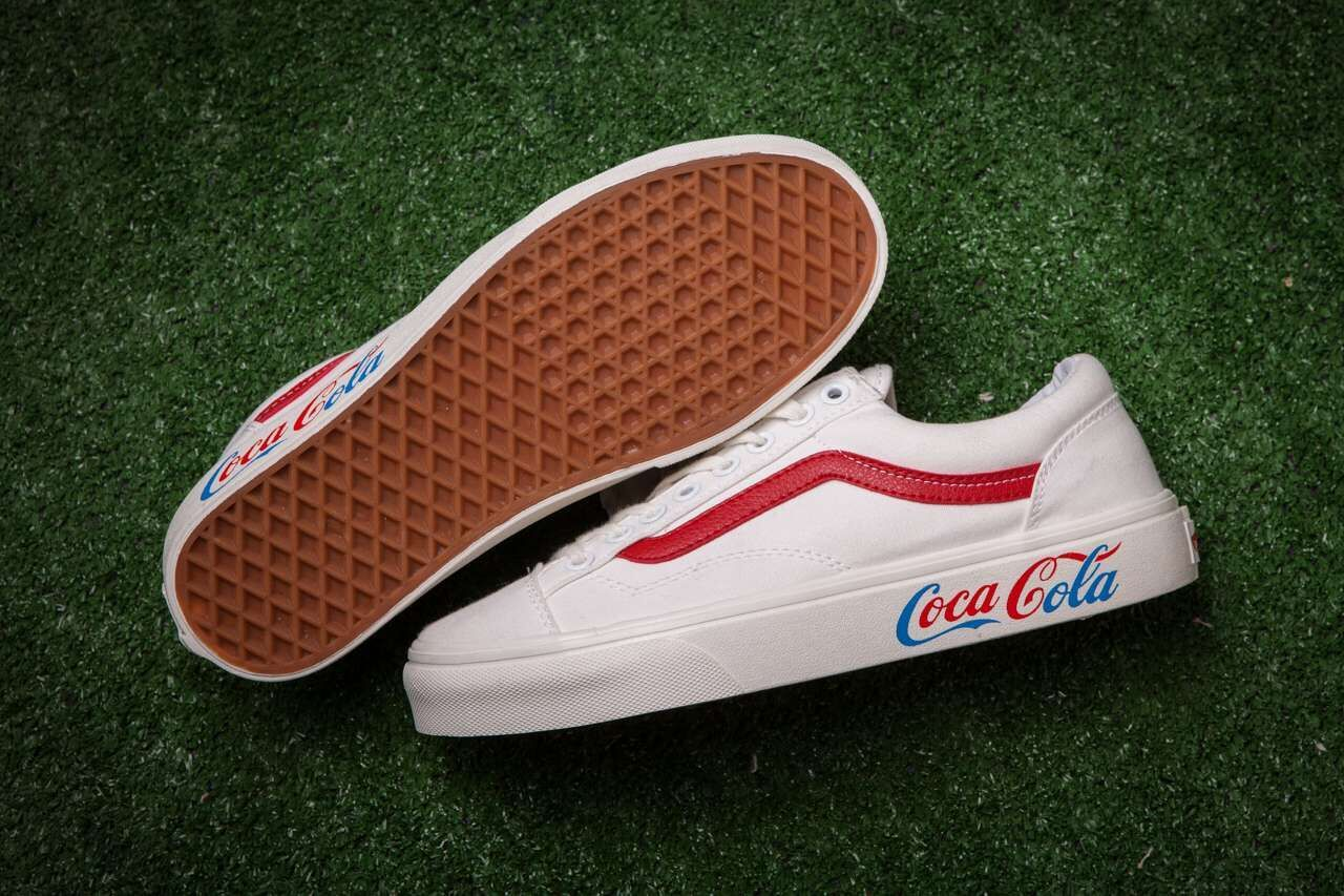 5277d263676 Vans x Coca Cola OLD Skool White Red Blue Skate Shoes  Vans ...