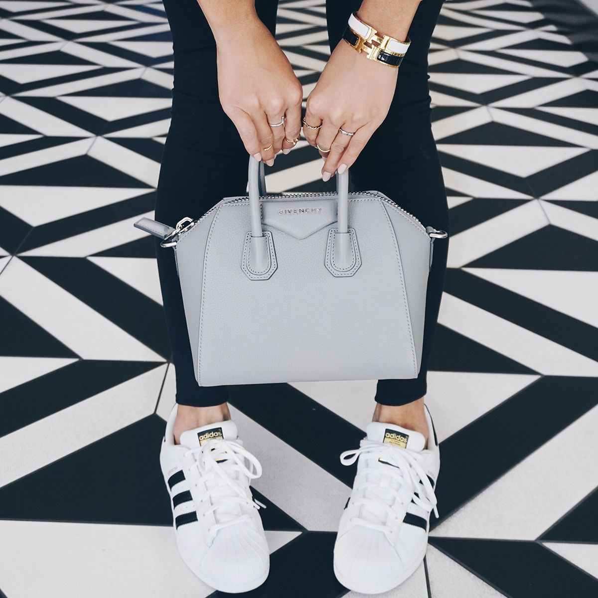 Givenchy Antigona Mini Bag Grey  f03e565f8239d
