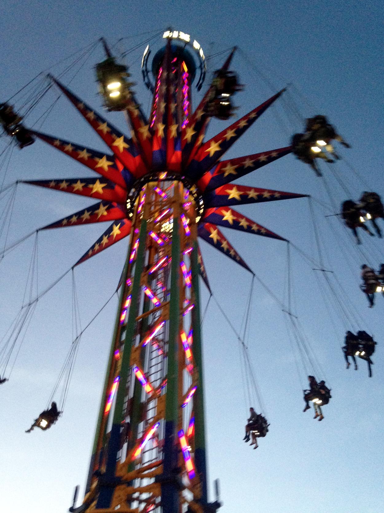 Amusement Park Aesthetic Six Flags Neon Photography Chloehickss Retro Theme Six Flags Summer Aesthetic