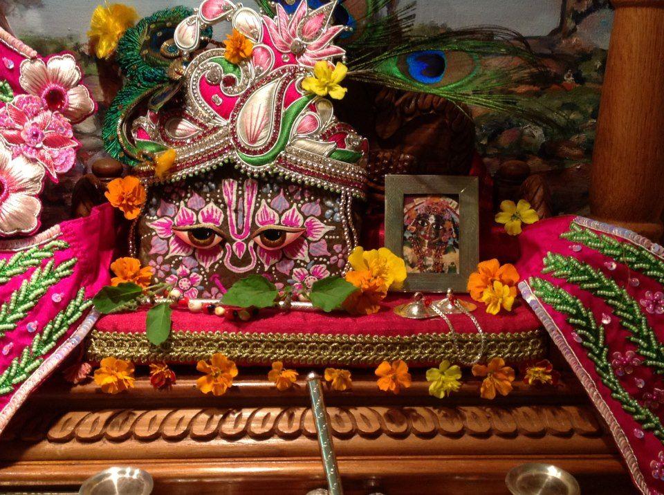 Madhava dasa in 2020 Birthday, Deities, Birthday cake