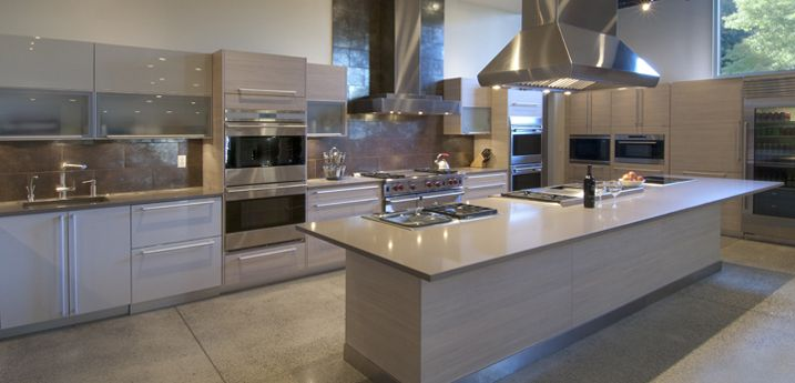 Our Gold Level Sponsor BRADLEE DISTRIBUTORS.  They offer 30 years experience in the luxury appliance business.  Several tour homes will be featuring products that can be found at BRADLEE.  http://www.bradlee.net/showrooms.php?Page=Seattle