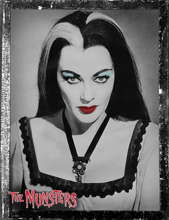Lily Munster… great cosplay idea