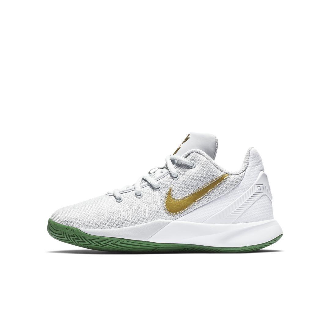 cb9038b6b96 Kyrie Flytrap II Big Kids  Basketball Shoe Size 3.5Y (Pure Platinum ...