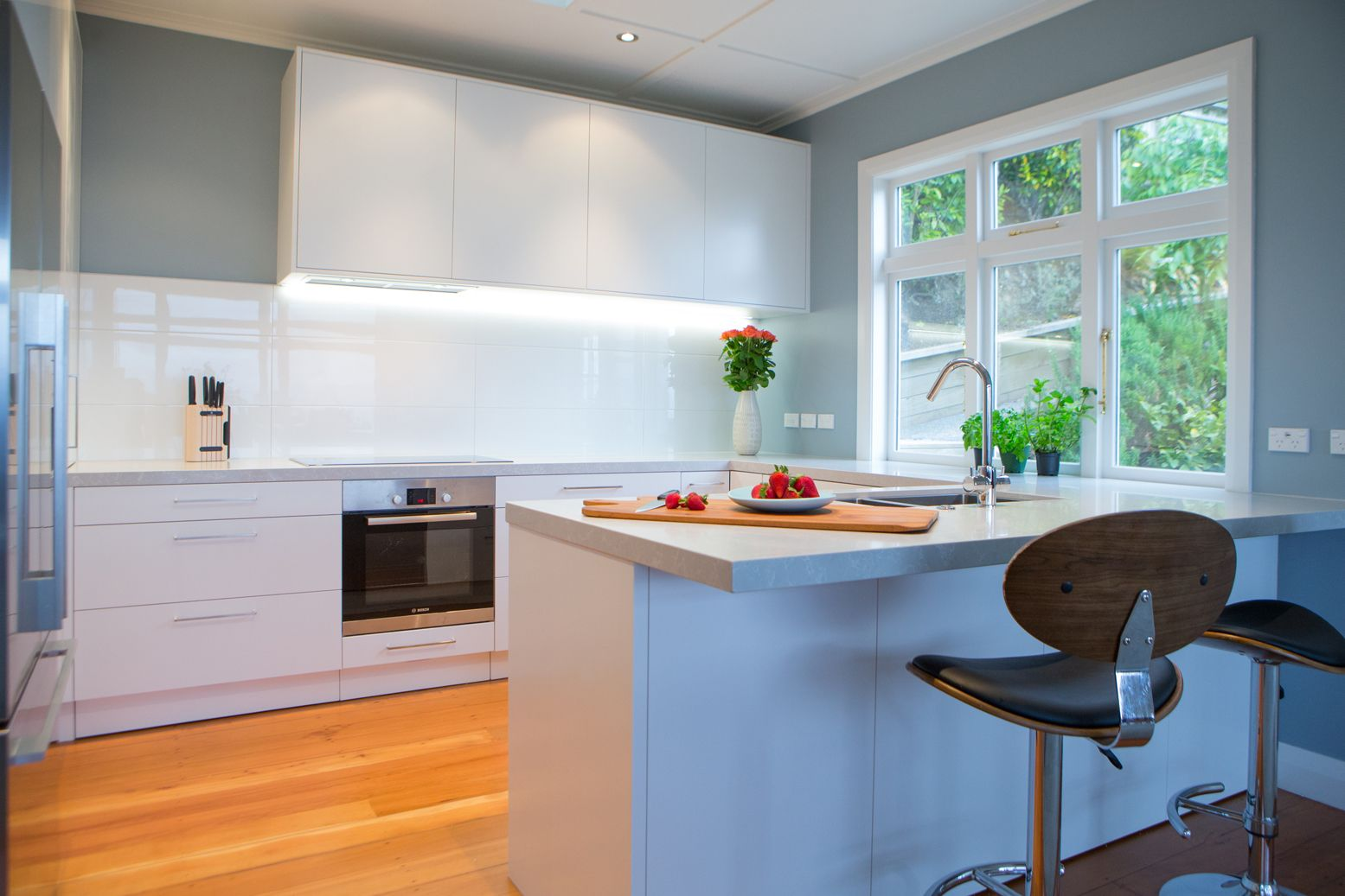 Kitchen 606. Sally Steer Design Ltd. Wellington, NZ.   cocina casa ...