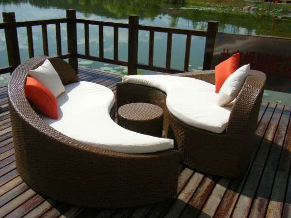 20 coole rattan gartentisch designs wie kann man den besten tisch f r den garten w hlen. Black Bedroom Furniture Sets. Home Design Ideas