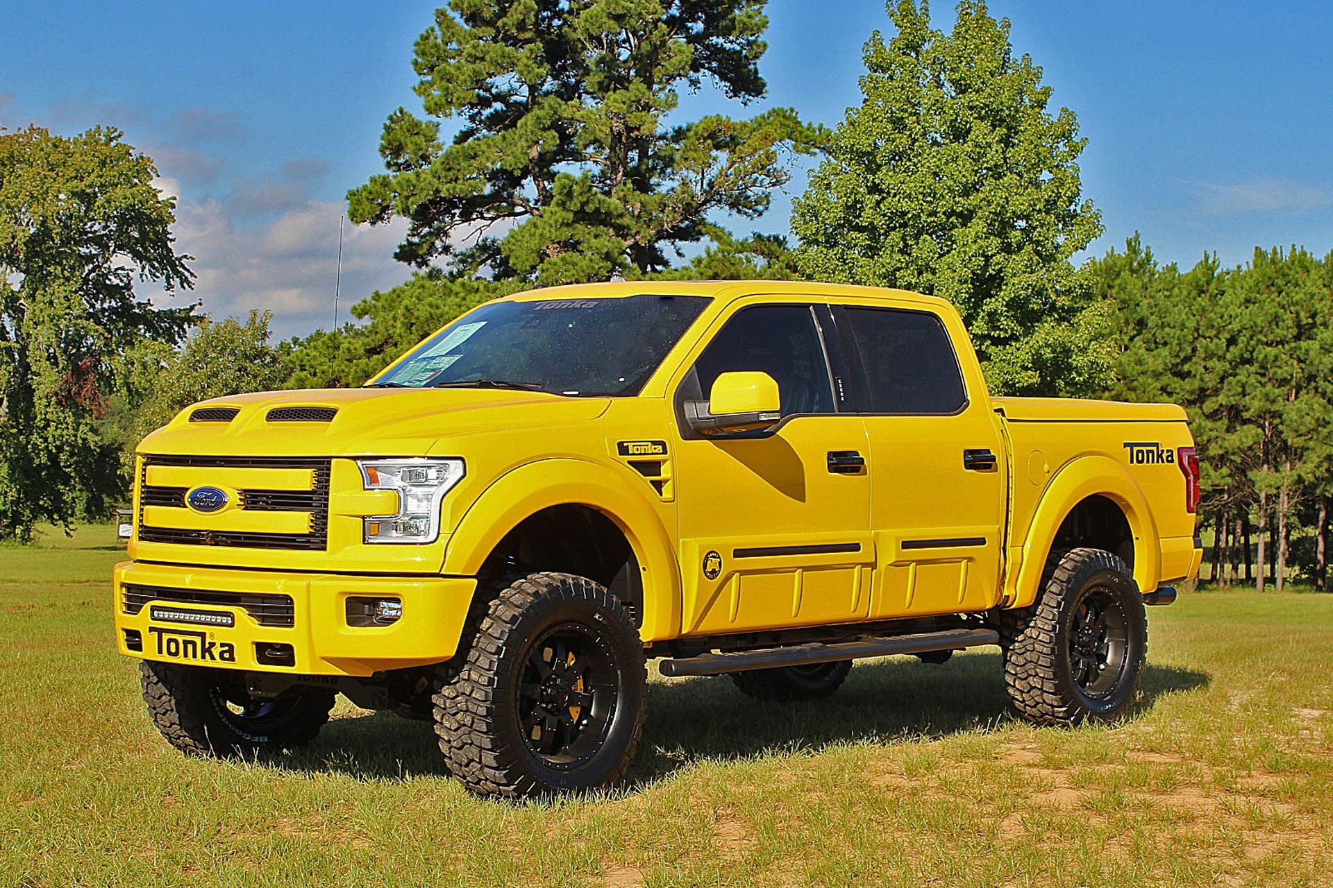 2016 ford f150 tonka truck by tuscany this one is a bit bigger than the tonka trucks i had as a. Black Bedroom Furniture Sets. Home Design Ideas