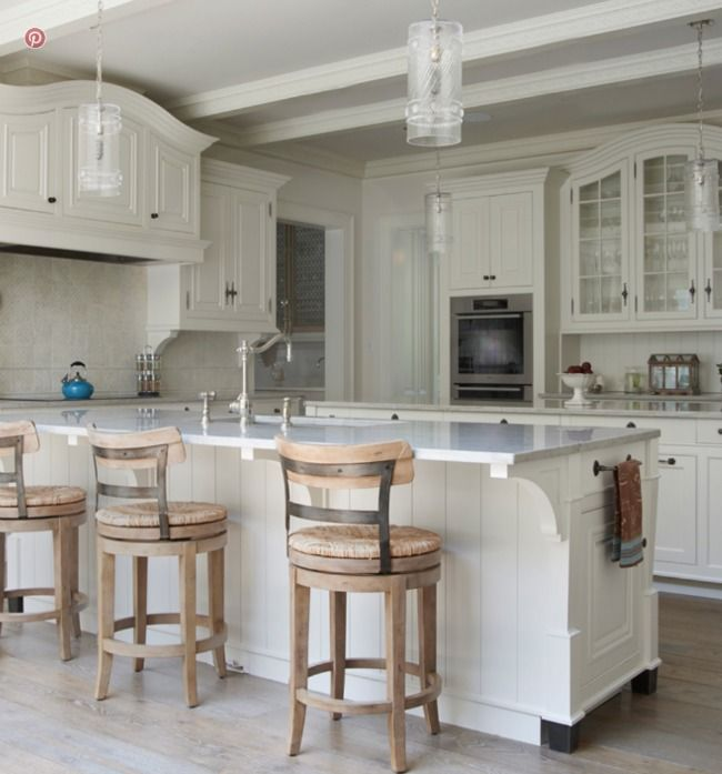 Traditional Off White Kitchen Cabinets: In Good Taste: Brooks And Falotico Architects