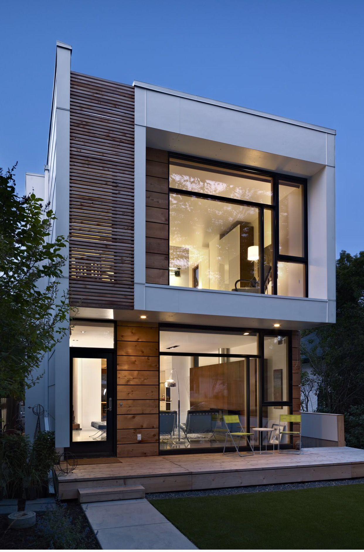Pin by Kamlesh Agarwal on Modern & Unique Homes | Modern house facades,  Small house design, Facade house