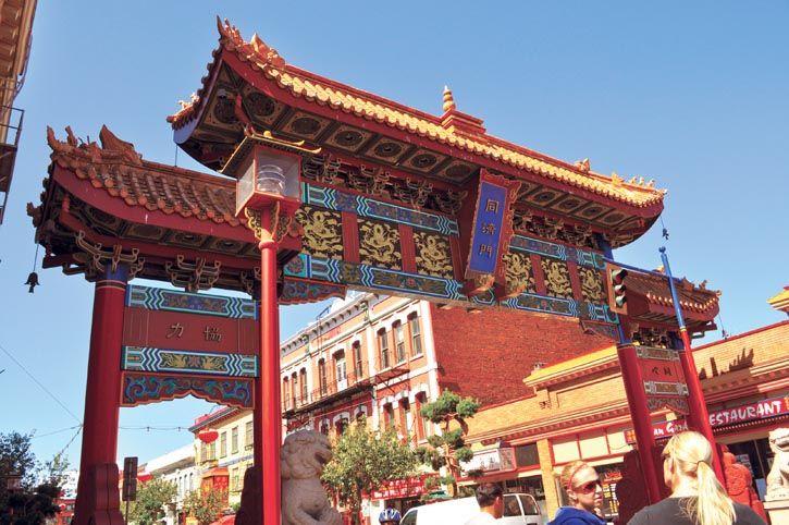 維多利亞市的唐人街堪稱是加國最古老的唐人街,東方的特色更加充滿歷史的風韻。