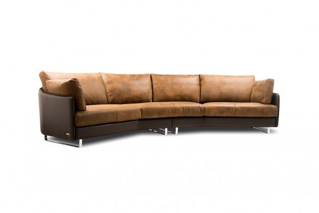 The Swing Sofa By Gamma International Is The Ultimate Section Of Modern Luxurious Leather Sofas It S Stitching Accen Sofa Design Italian Furniture Design Sofa