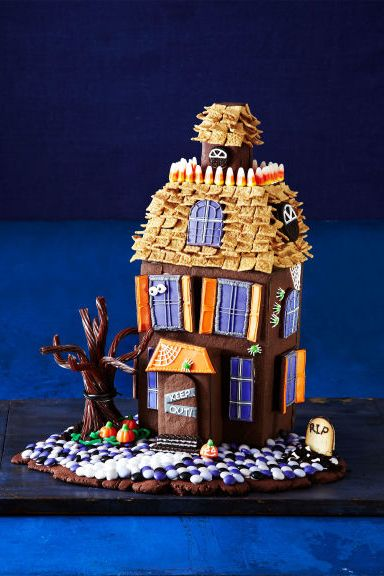 70 Super-Cute Halloween Desserts and Treats Halloween house, Scary