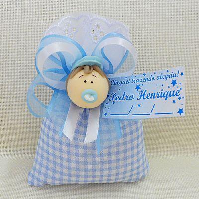 kit com 40 lembrancinhas bebe em biscuit menino azul claro