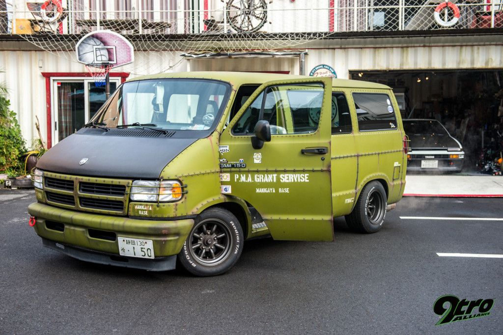 29tro 120815 033001 Spn 3796 Dodge Van Van Cool Vans